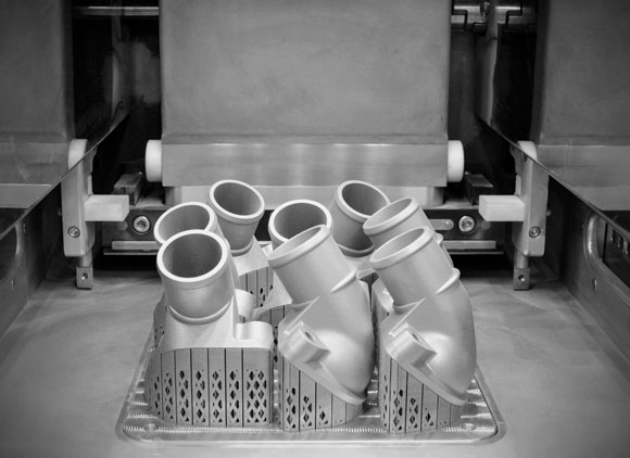 First metal additively manufactured spare part produced at Mercedes-Benz Trucks
