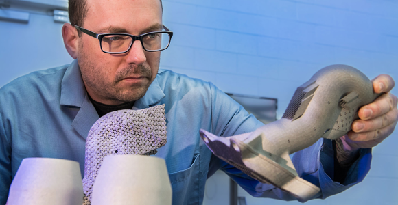 Researchers adapt U.S. Air Force-developed steel alloy for metal AM